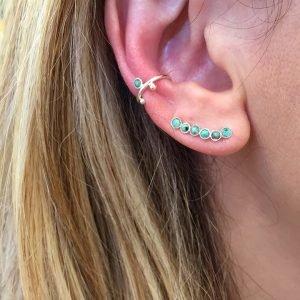 Ear cuff argent porté Ava
