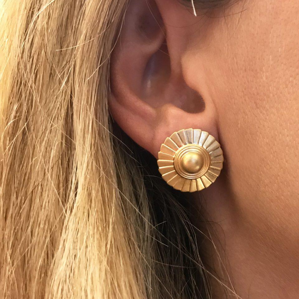 kimi, boucles d'oreilles,plaqué or,plaqué argent,made in paris, designer,photo portée