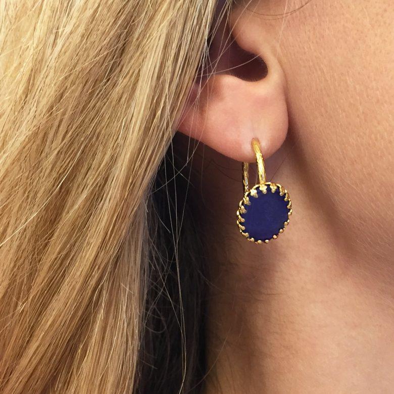boucles d'oreilles,akira,pepitebijoux,pierre fine,lapis lazuli,photo portée