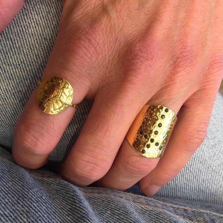 bague,plaqué or,pépite bijoux,spinelle,swarovski,photo portée