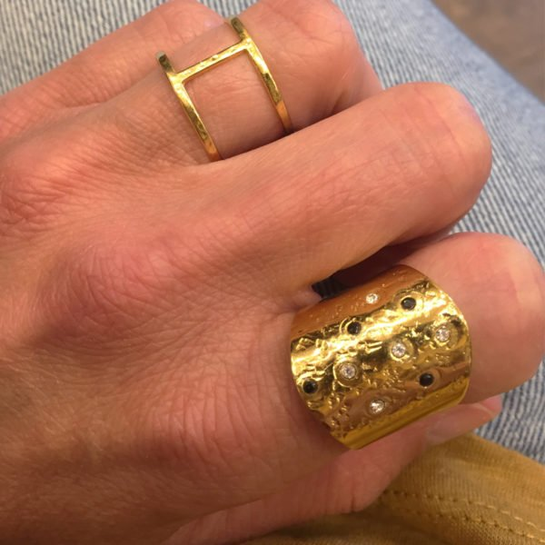 bague,plaqué or,pépite bijoux,spinelle,swarovski photo portée