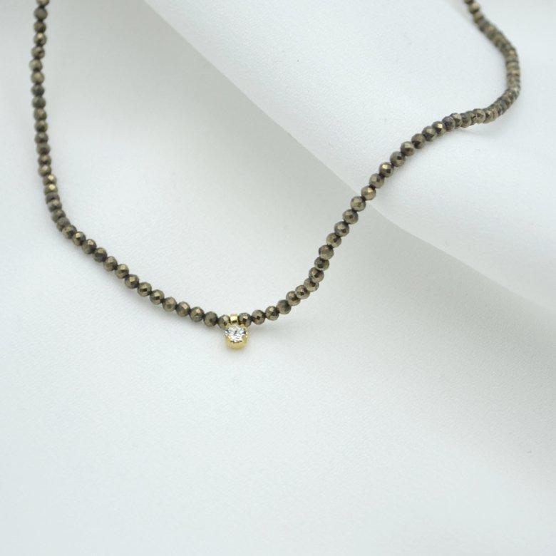 chaine avec perle, collier chaîne, collier perle, collier petites perles, collier swarovski, pyrite, swarovski