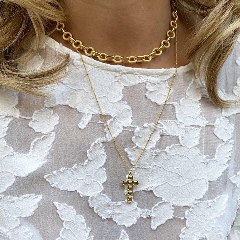 collier,pia,chloe,plaque or,pepite bijoux,paris,france,st honoré