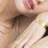 jonc martelé à la main, bracelet jonc martelé, jonc épais en or, bijoux en or martelé, créateur de bijoux fantaisie paris, bijoux fantaisie paris, site de bijoux fantaisie